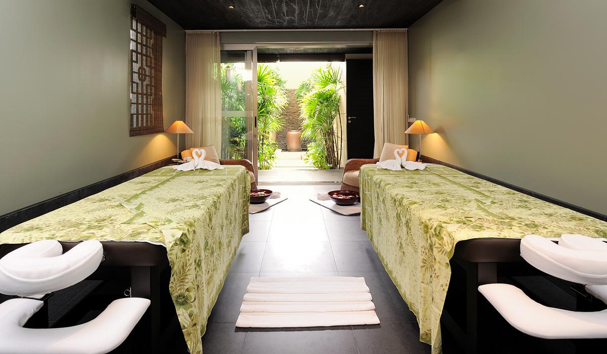 Pavilions Phuket - Spa Pool Pavilions - Spa Room