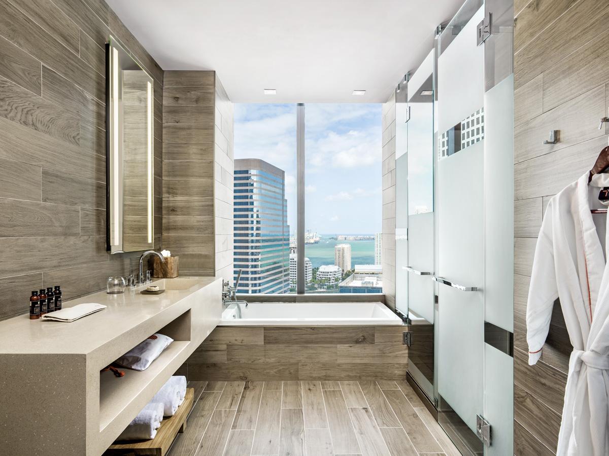 bay-king_bathroom - EAST MIAMI - MTRLST