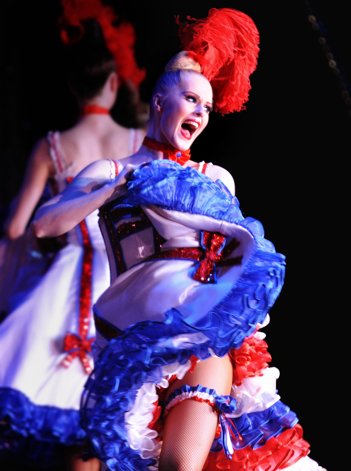 french-cancan-danseuse-moulin-rouge-s-bertrand